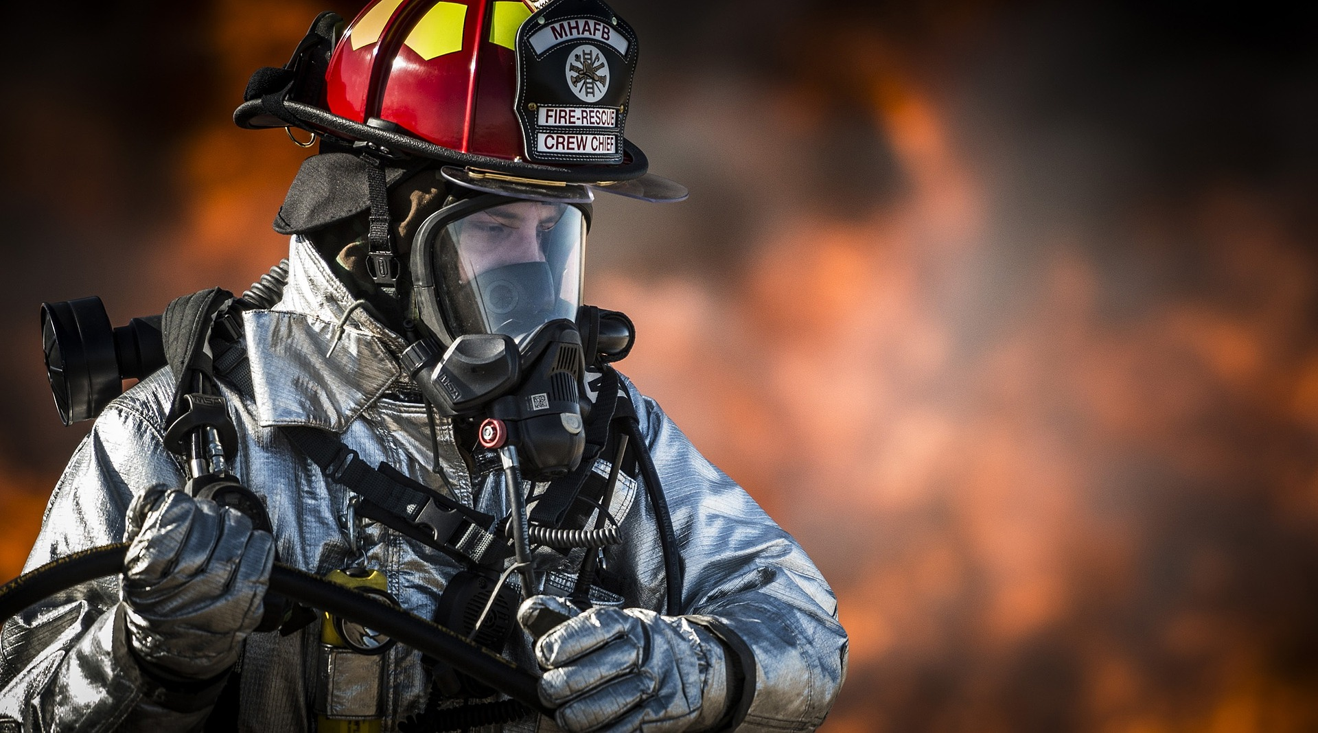 How First Responder Technology Reduces Injuries and Line-of-Duty-Deaths